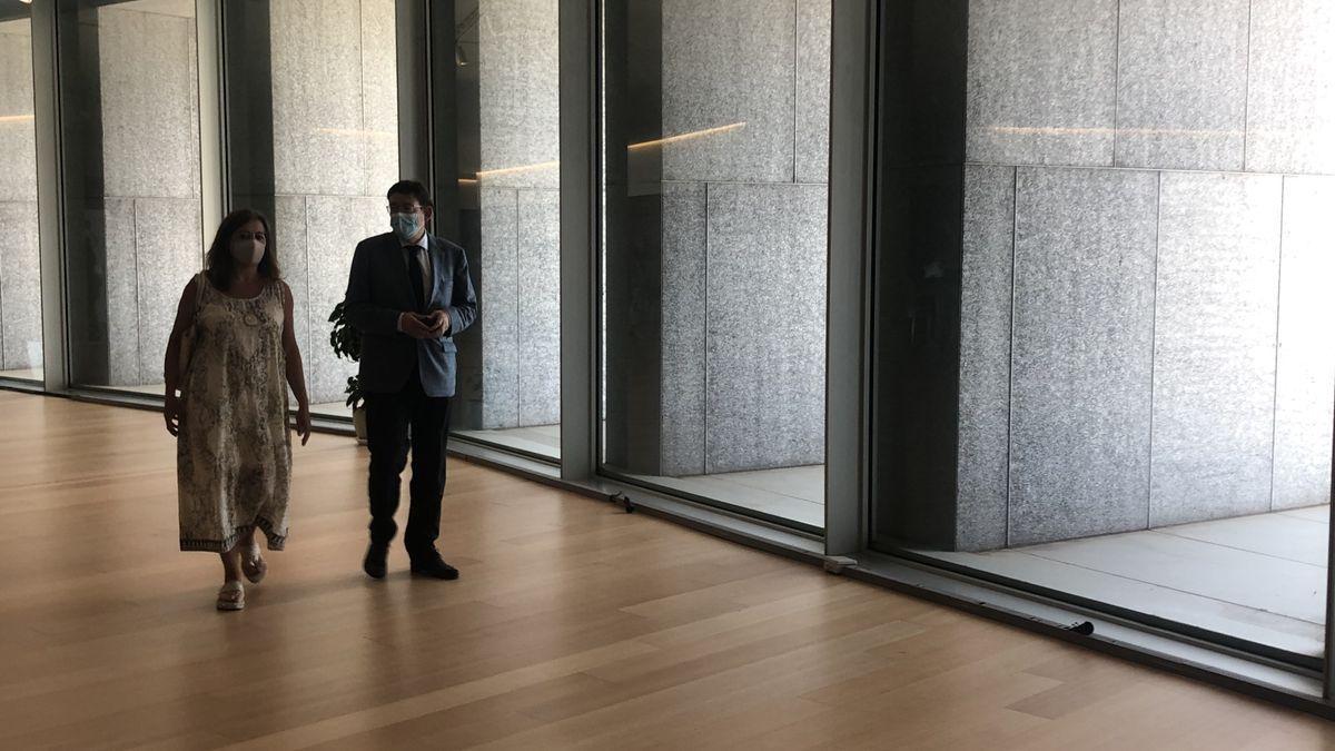 Armengol con Puig en el Palacio de Congresos