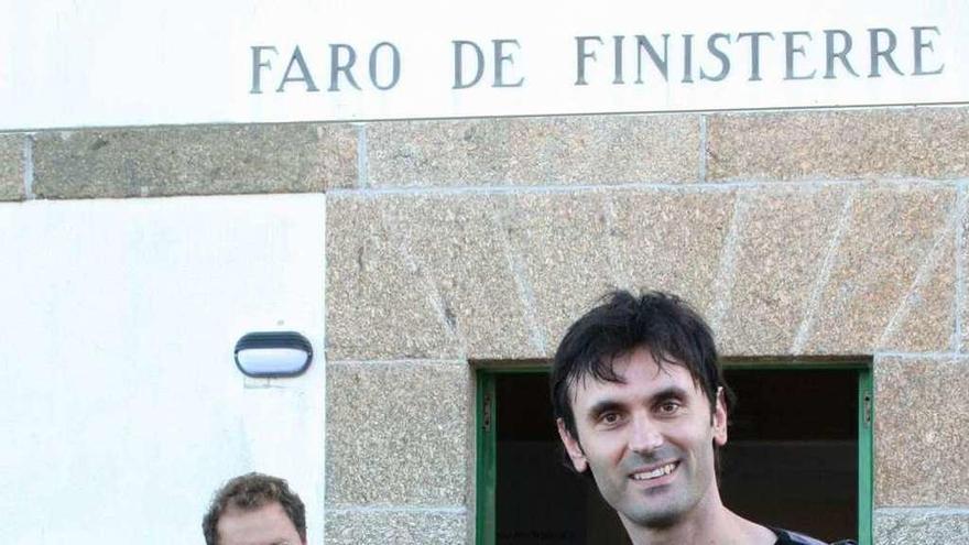 """Jorge Mira: """"El verano que Hawking visitó Galicia y vio el mar en Fisterra"""""""
