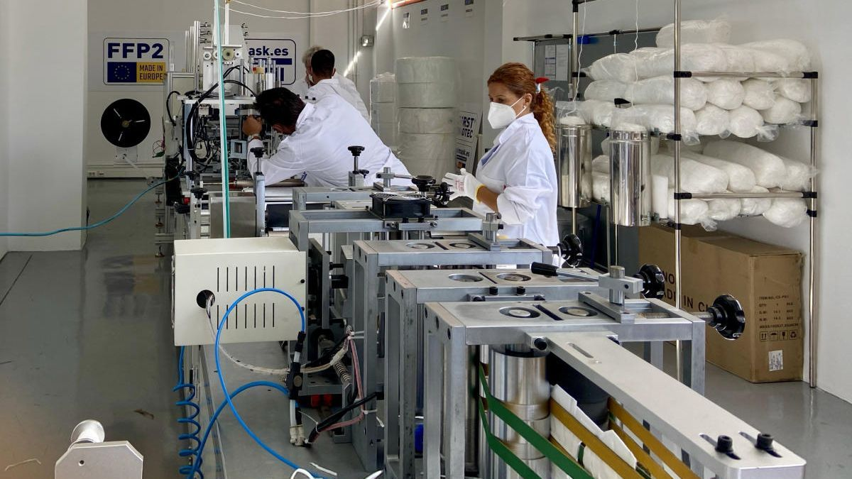 La primera fábrica gallega de mascarillas EPI está en Vigo
