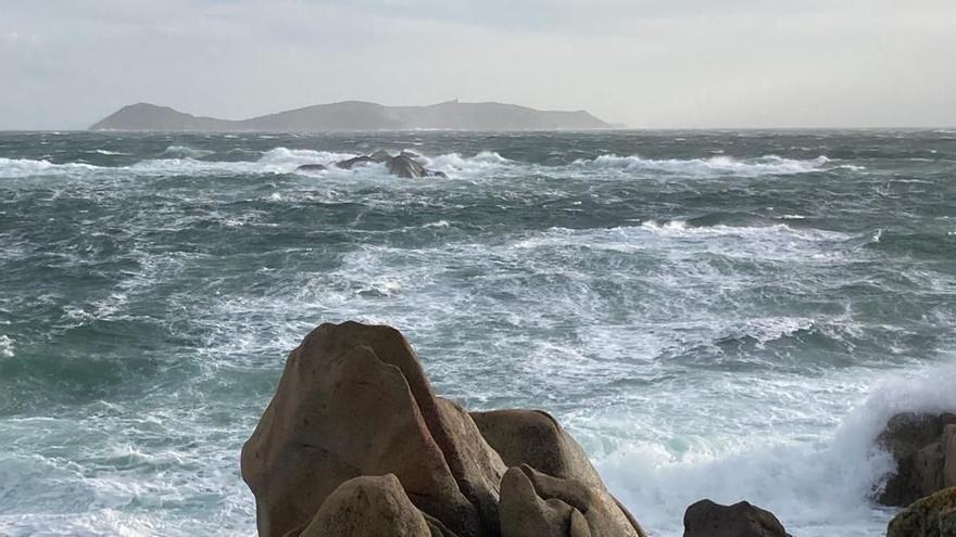 """La borrasca """"Karim"""" ya sopla con fuerza en la costa atlántica"""
