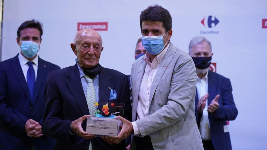 Cálido homenaje a José Enrique Garrigós en la clausura de Alicante Gastronómica