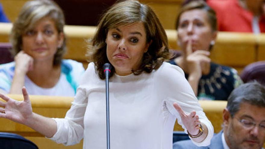 """Santamaría acusa al PSOE de """"electoralismo"""""""