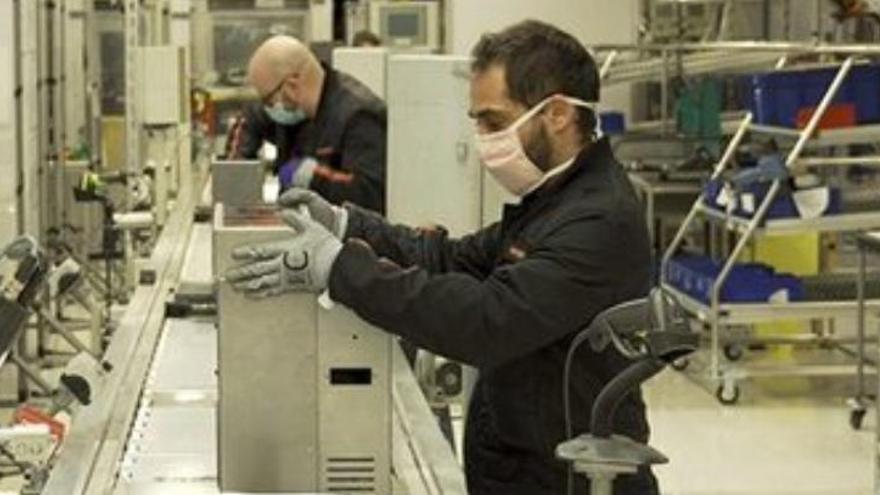Seat atura la producció de respiradors arran de la descongestió de les UCI