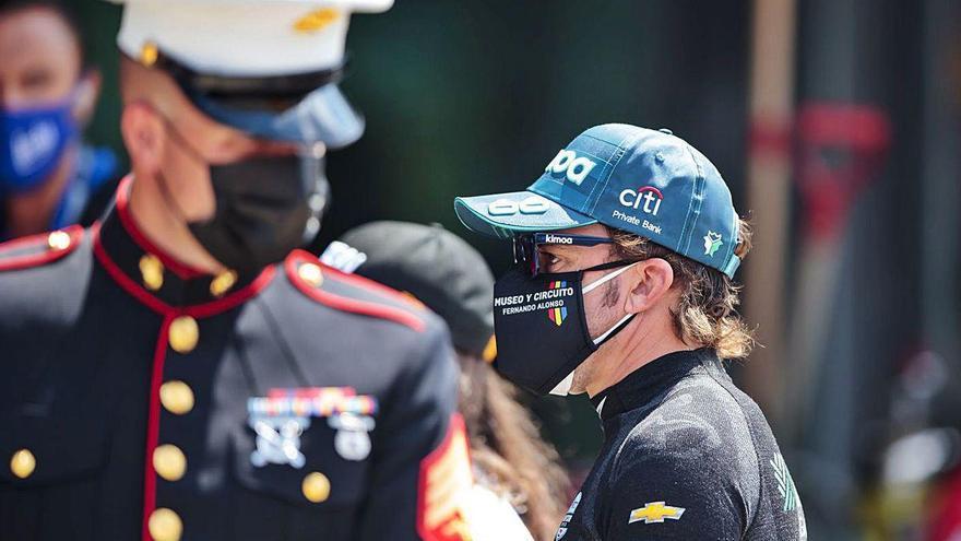 """Alonso: """"Nos quedamos fuera de la batalla muy pronto"""""""