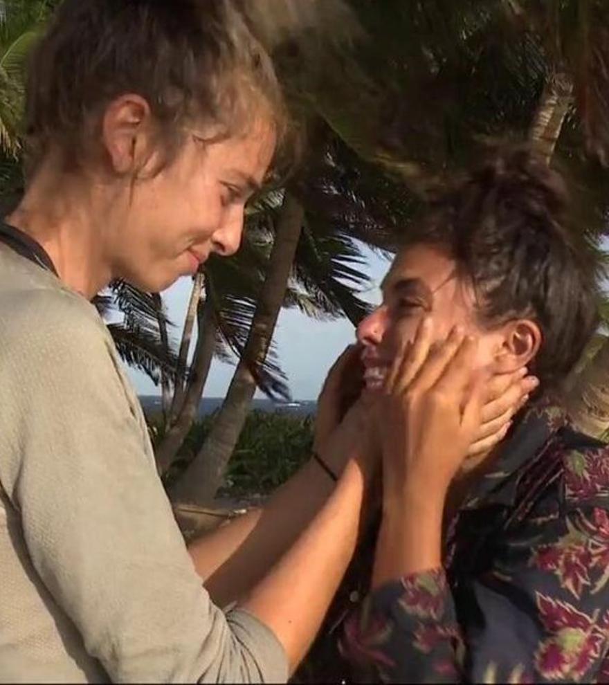 Lola llora a mares por la inesperada expulsión de Palito Dominguín: Omar sigue en 'Supervivientes'