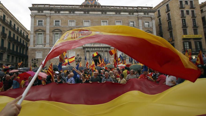 Manifestación en Barcelona contra el referéndum