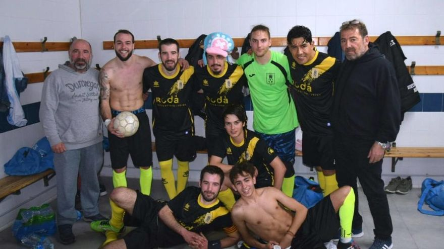 El Cadaqués puja a Primera Nacional i es jugarà el títol a Fontcoberta
