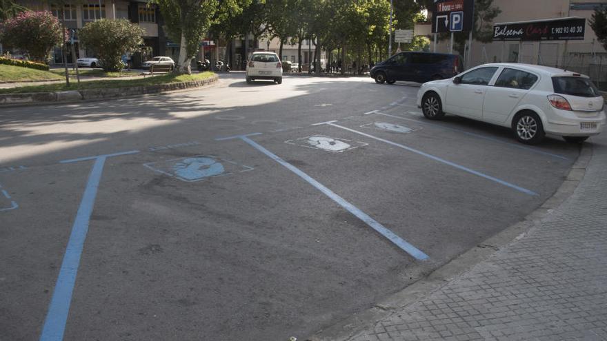 La zona blava de Manresa torna a costar diners a l'Ajuntament després de 2 anys