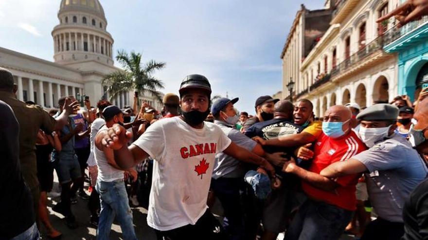 Internet, el gran aliado de las protestas en Cuba