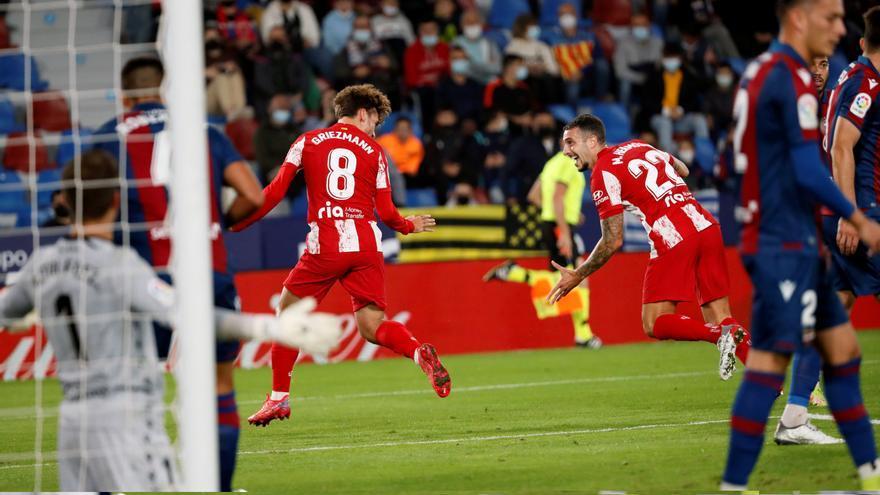 El Levante neutraliza al Atlético con dos goles de penalti