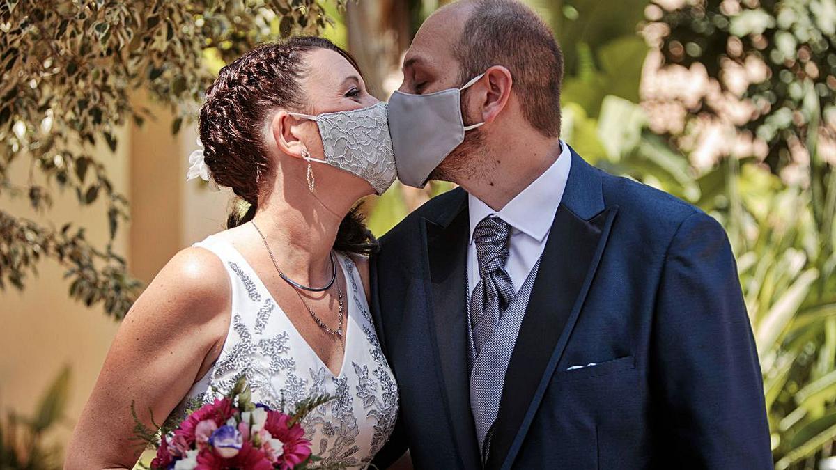 Las bodas se han estado celebrando sin invitados. | BIEL ALIÑO