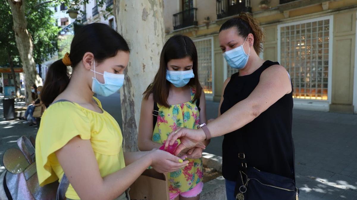 Desescalada en Córdoba: mascarillas, necesarias y doblemente molestas con 36 grados
