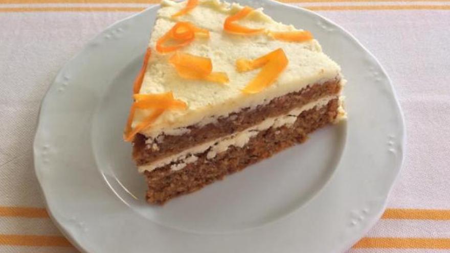 La receta más sencilla de la tarta de zanahoria con la que sorprender a tus invitados
