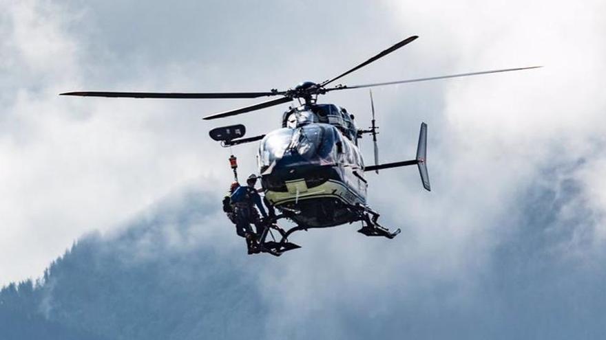 Cuatro fallecidos al precipitarse su coche por un barranco en Gran Canaria