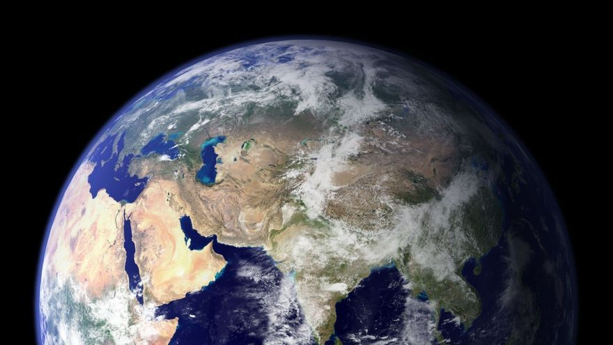 Noves proves demostren que la Terra s'inclina de tant en tant