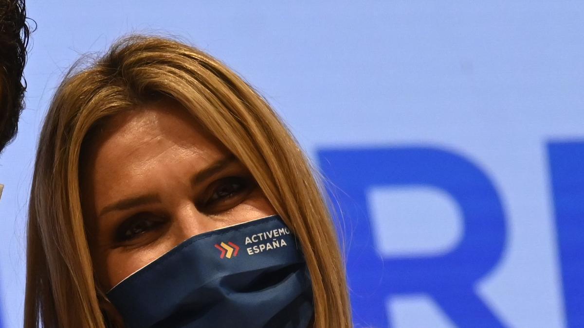Marta Barrachina tiene 38 años y es alcaldesa de Vall d'Alba.