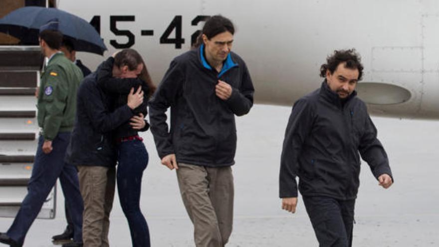 España pagó un rescate por los periodistas secuestrados, según un diario turco