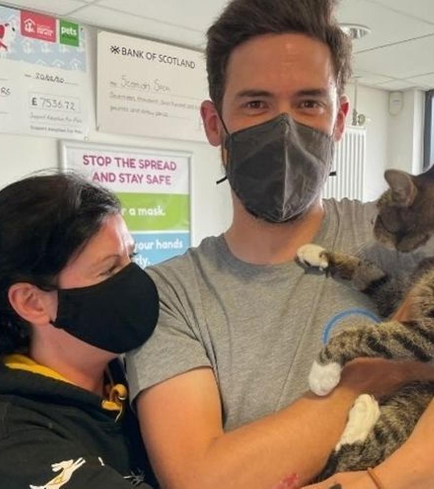 Un gat que va desaparèixer fa 10 anys es retroba amb la seva família