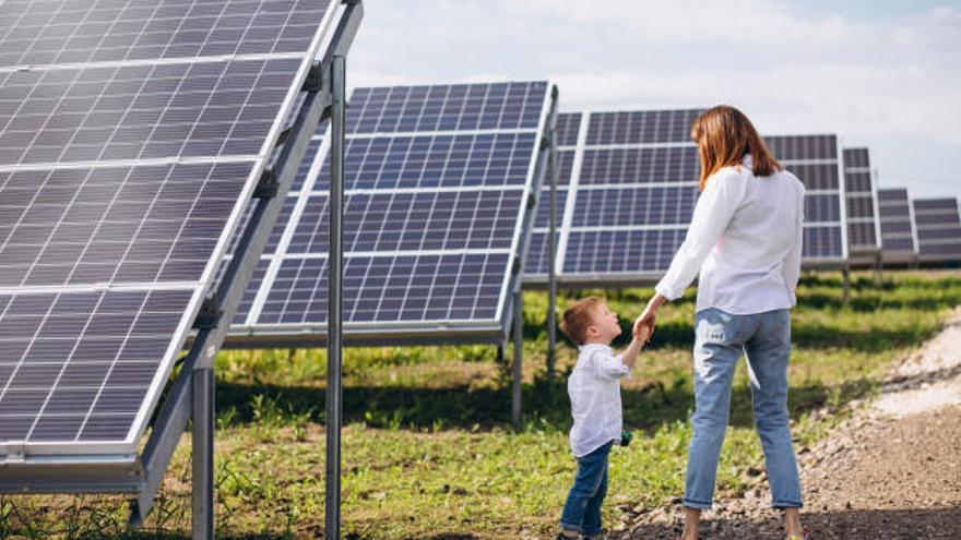 ¿Puedo poner placas solares en casa?