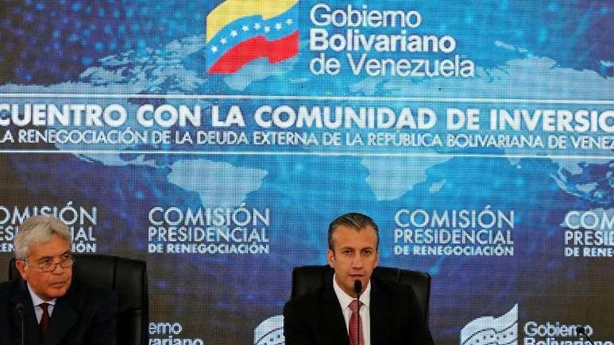 """La deuda pública venezolana, rebajada por S&P hasta la """"insolvencia parcial"""""""