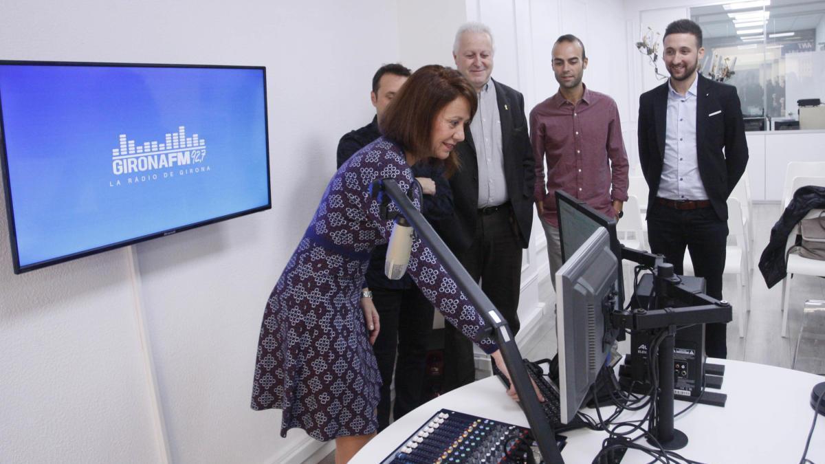 La inauguració de la ràdio municipal de Girona.