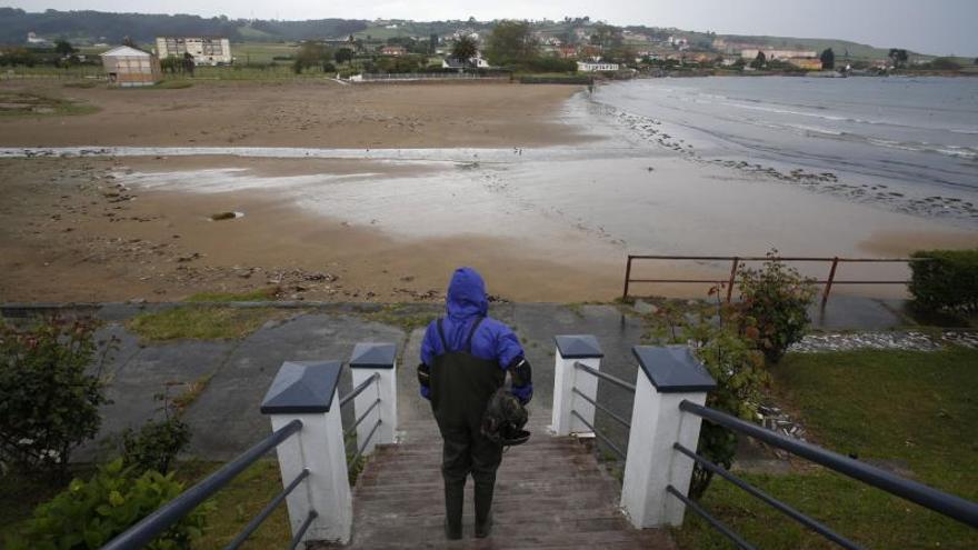 Europa confirma la mala calidad de las aguas de Bañugues y sopesa sanciones