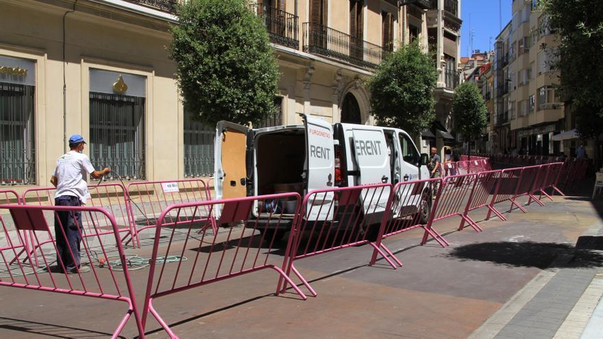 El Gobierno niega que se plantee establecer el toque de queda, como reclama Castilla y León