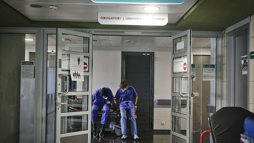 Más coronavirus en los pasillos de los hospitales que en las habitaciones