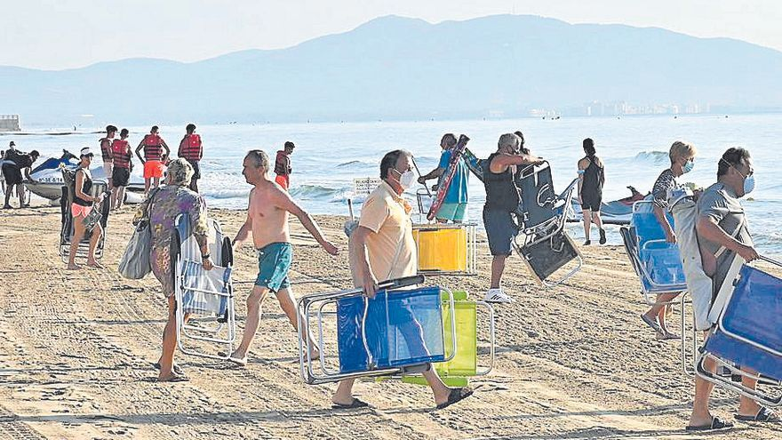 Las carreras para reservar en las playas de Orpesa, ahora en horas 'legales'