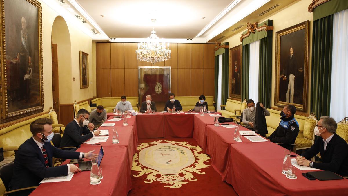 La reunión de la comisión técnica del Litoral, en el Ayuntamiento.