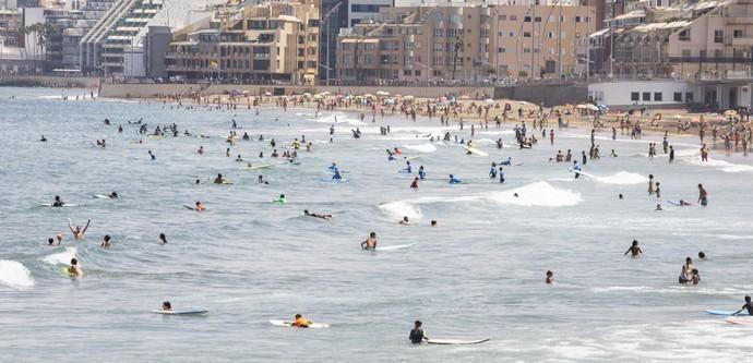 23.08.18. Las Palmas de Gran Canaria. Playa de ...
