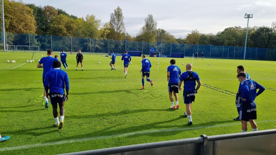 El día después del empate del Oviedo: Montiel dialoga con Matheus y Borja manda un mensaje a Berjón