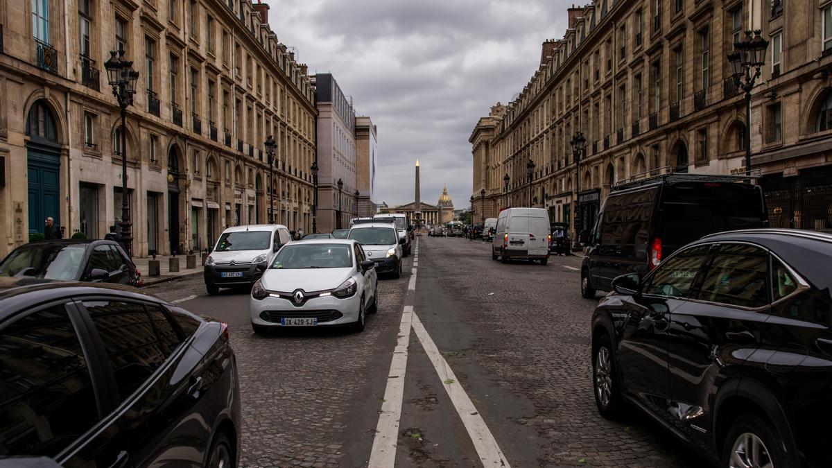 París limita la circulación a 30 kilómetros por hora.
