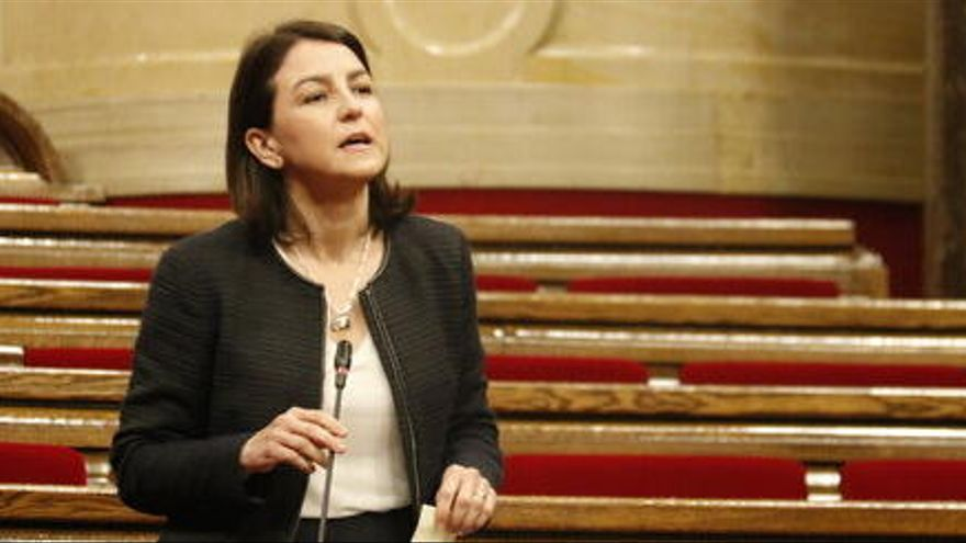 Les negociacions per la investidura marquen el debat parlamentari sobre els aldarulls per Hasél i el model policial