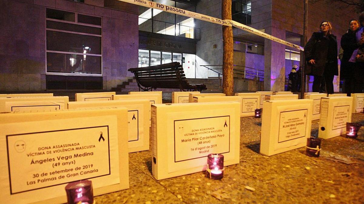 Acte contra la violència de gènere davant dels jutjats de Girona, en una imatge d'arxiu.