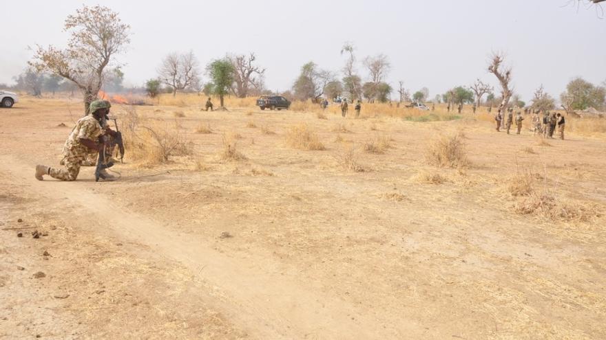 Un grupo armado ataca un mercado en Nigeria y deja al menos 20 muertos
