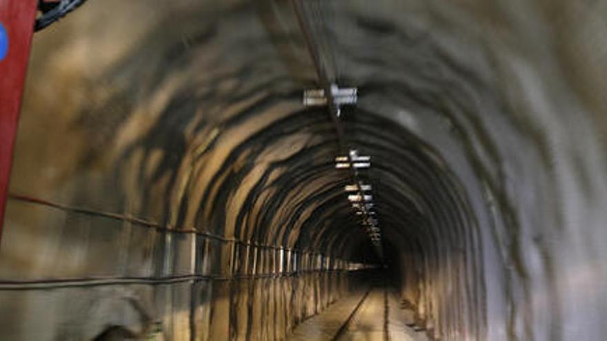 Puigcerdà recupera el servei ferroviari de la R3 un cop reobert el túnel de Toses