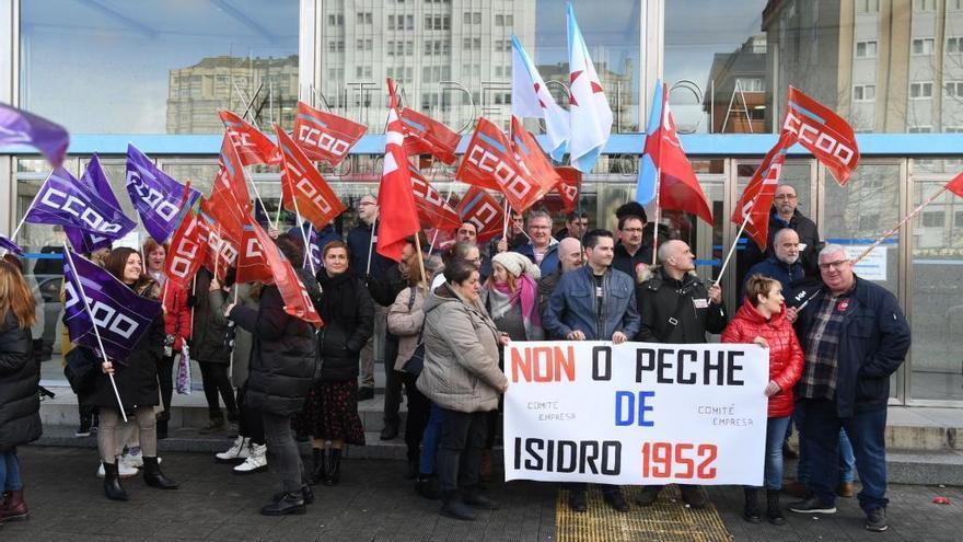 Aprobado el despido de 120 trabajadores de la pesquera Isidro 1952 al descender las ventas y la producción