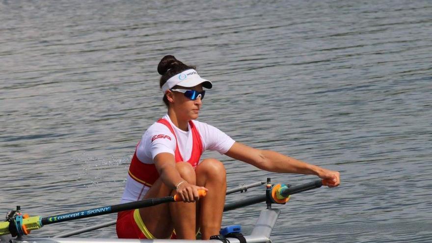 La aragonesa Esther Briz, campeona del mundo de remo de mar