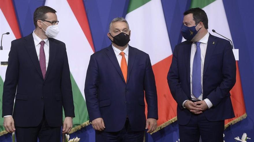 Orban, Salvini y Morawiecki ratifican su alianza ultra entre ataques a Bruselas