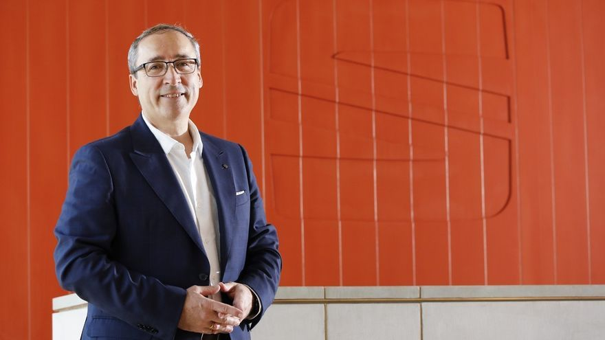 """Mikel Palomera (Seat): """"Debemos conseguir que crezca la demanda de vehículos eléctricos"""""""