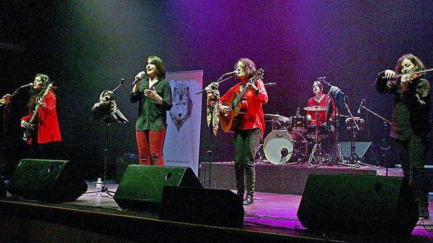 "A Banda da Loba, finalista do concurso ""Musicando Carvalho Calero"" entre oitenta aspirantes"