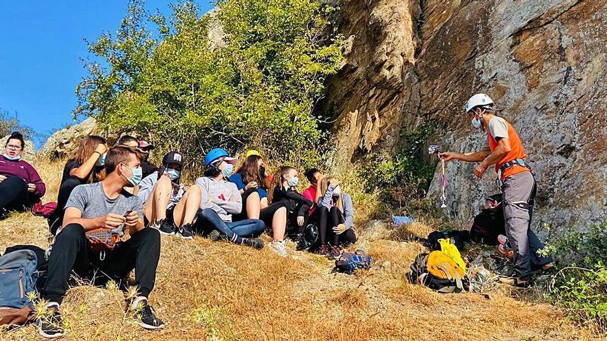 """Alumnos del Programa Emprende Plus """"tocan cumbre"""" en Sayago"""