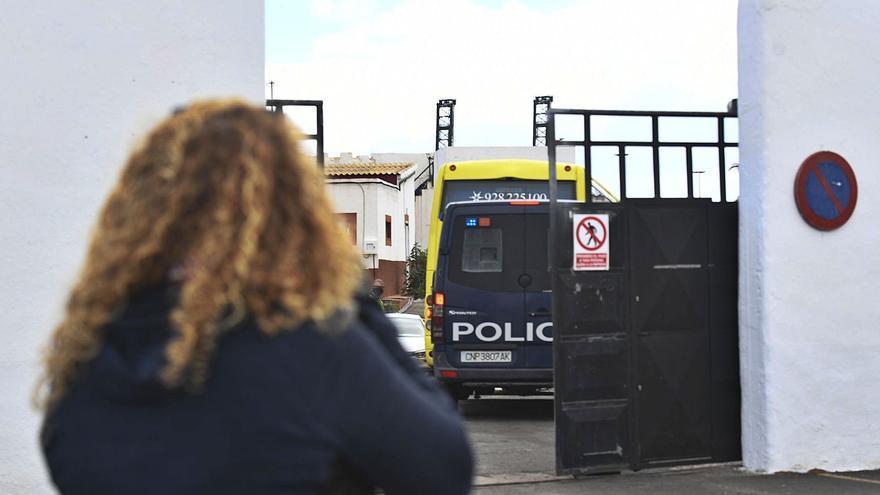 La Policía Nacional realiza controles en el Sur ante las amenazas a los migrantes