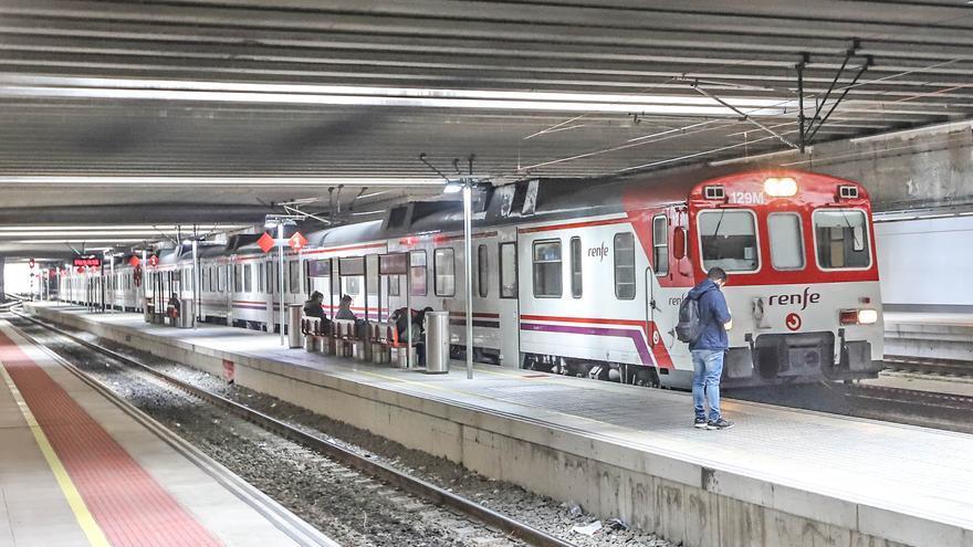 Los trenes de cercanías pierden la mitad de los usuarios previos a la pandemia