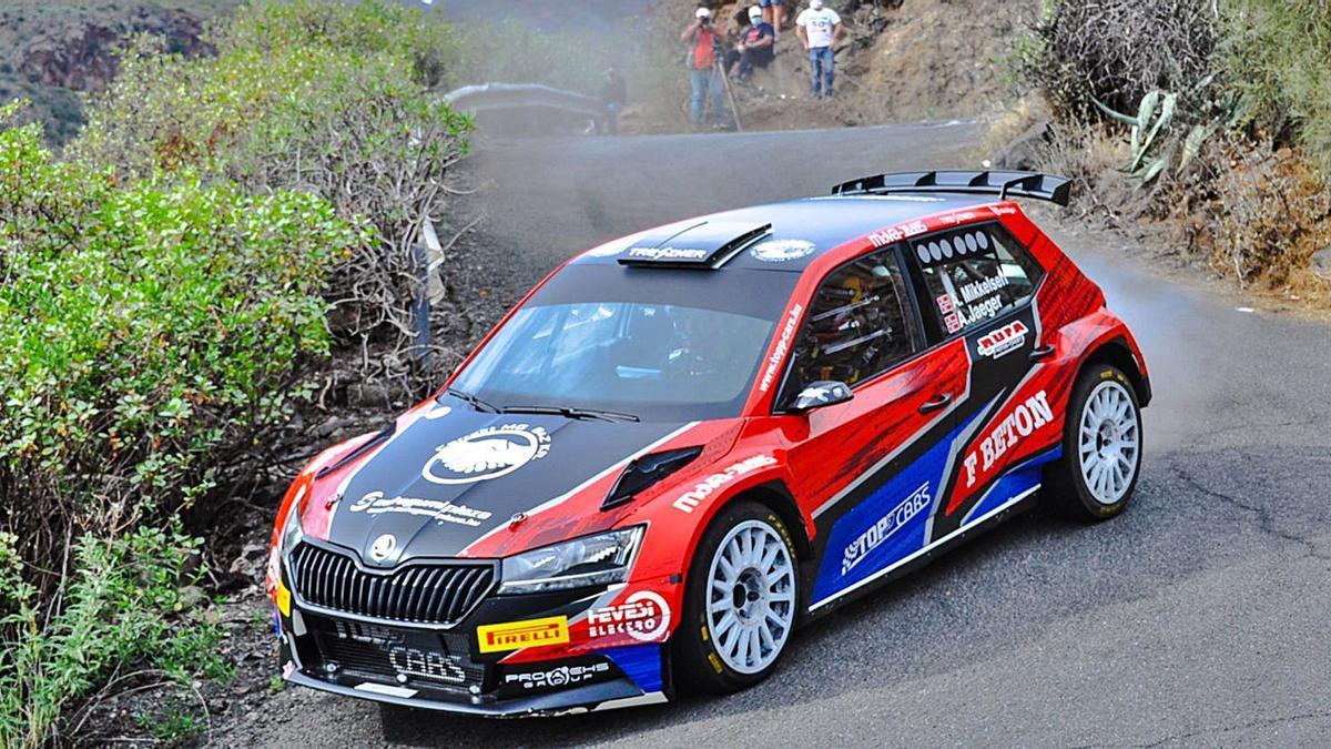 Andres Mikkelsen con el Skoda Fabia R5, durante los test privados del día de ayer en el Rally Islas Canarias.
