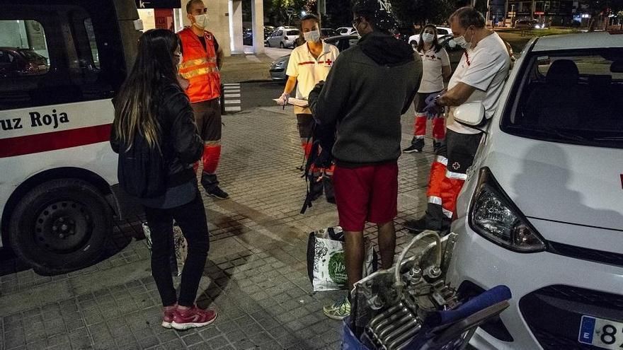 Cruz Roja atiende a más de cien personas sin hogar en Córdoba