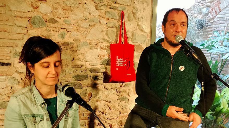 Lu Rois i David Fernández: La força incendiària de les espelmes