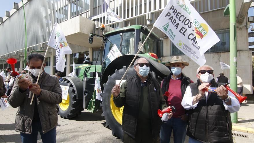 Las organizaciones agrarias continúan con las movilizaciones contra la PAC
