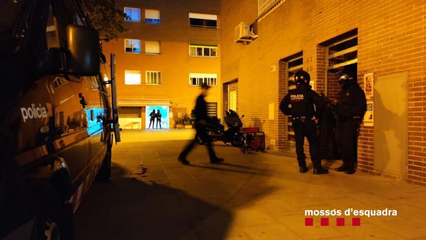 En marxa un operatiu dels Mossos contra el tràfic de cocaïna i marihuana a Girona i Barcelona